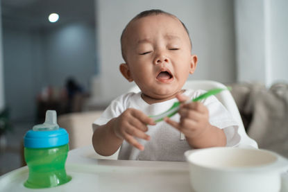 infant sneezing